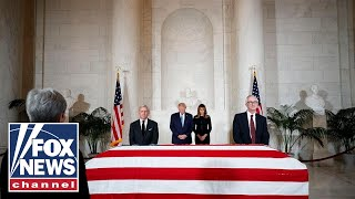 Trump, first lady pay their respects to late Justice Stevens thumbnail