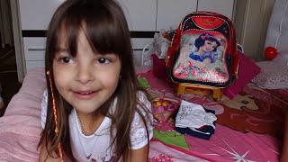 MINHA ROTINA DO PRIMEIRO DIA DE AULA - MY FIRST DAY SCHOOL ROUTINE - clubinho da laura