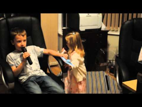 Chloe's 3rd Birthday Karaoke 1 of 2  with Josh Reddy (BAD SOUND SORRY)