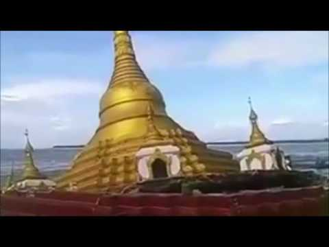 Golden  Buddhist Pagode sinks in river in Myanmar, Pakokku, Ayeyarwaddy River