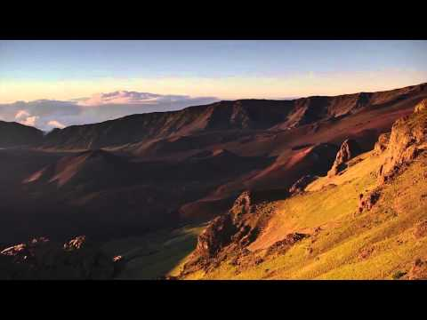 best-activities-on-maui:-seeing-the-haleakala-crater-panorama-view---maui-hawaii