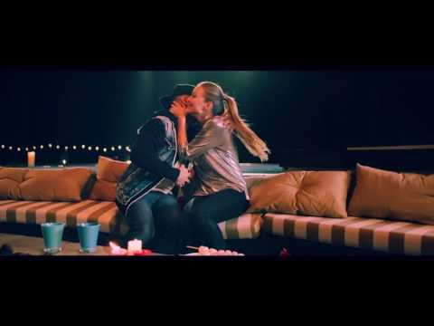 Feid - 911 & Nacho - (Video Oficial)