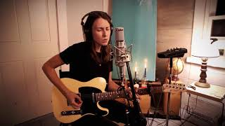 """Brooke Annibale - """"Glow"""" [Live in Studio at Great North Sound Society]"""