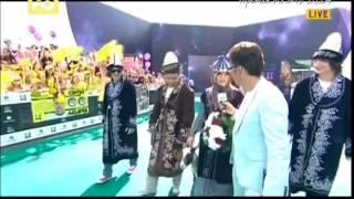 Группа Город 312 на дорожке премии МУЗ ТВ 2014