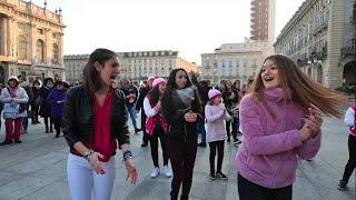 Torino, donne in piazza contro lo