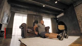 Упражнения на трицепс: диван вместо тренажера | Школа домашнего фитнеса #1