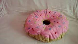 DIY Donut Pillow Thumbnail