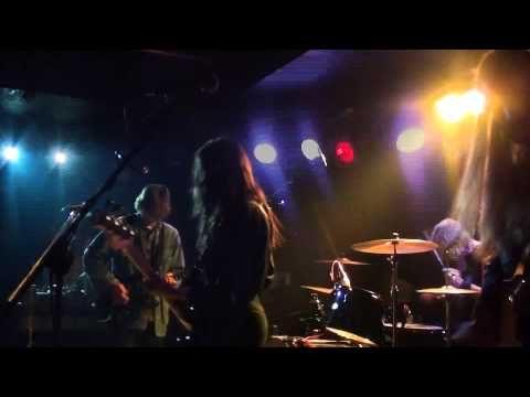PSYCHIC ILLS - January rain,live in Athens  [24-03-2013] mp3