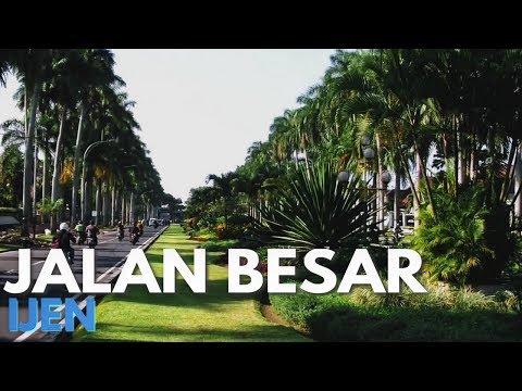 Jalan besar Ijen Kota Malang - Jawa Timur