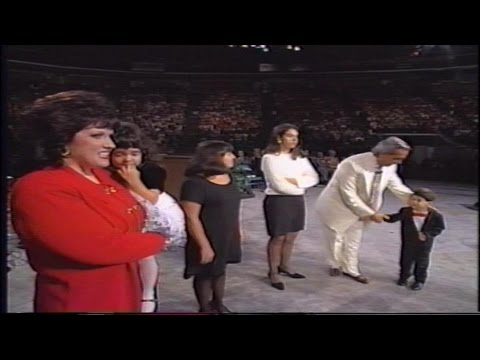 Benny Hinn ~ Divine Appointment in Charlotte (1995)