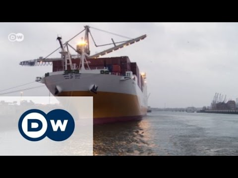 Hamburg - An urban harbor for mega-ships | Made in Germany