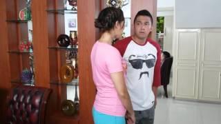 Download Video VIDEO SOPIR MODUSIN MAJIKAN KETAHUAN PEMBANTU CANTIK MP3 3GP MP4