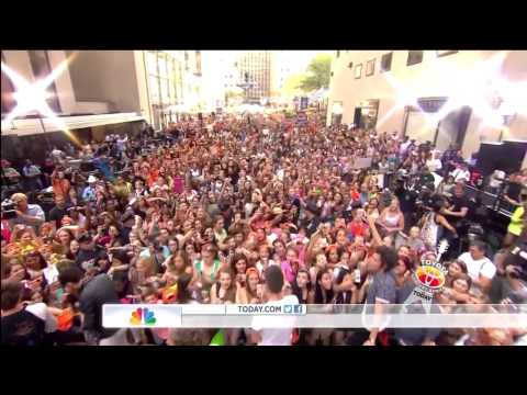 One Direction - Kiss You - Today Show Performance (August 2013)