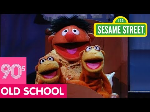 Sesame Street: Animals In, On, and Under with Ernie