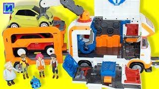 Тоботы трансформери: Тобот База машинка мікроавтобус з причепом. Доктор Але і Песобот.