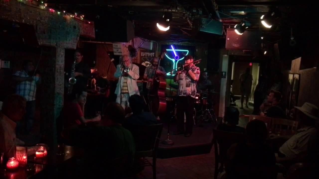 Jazz Jam at The Elephant Room Austin Texas - YouTube