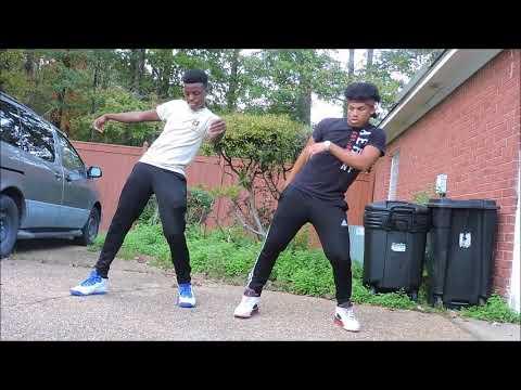 Dat Way - Louis Badazz (Feat. Big Fella) MOHEAD