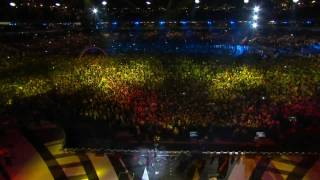 K'naan - WAVING FLAG (2010 FIFA WORLD CUP Kick-OFF CONCERT) [HD Quality]