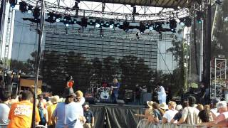 Warren Haynes Band - Soulshine live at Bonnaroo 2011