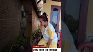 Video Ngintip ibu cantik download MP3, 3GP, MP4, WEBM, AVI, FLV Juni 2018