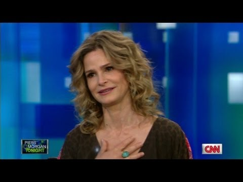 Kyra Sedgwick gets emotional over TV  of Kevin Bacon