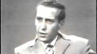 Fredrick Forsyth on the Nigerian Civil War.flv