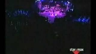 Burcu Güneş Biz Aşkı Meleklerden Çaldık Konser istanbu