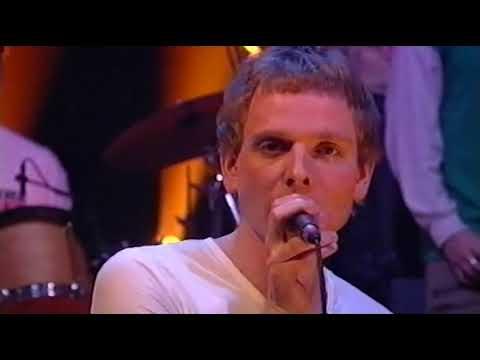 Belle & Sebastian live: Boy With the Arab Strap, etc (TV, 2001)