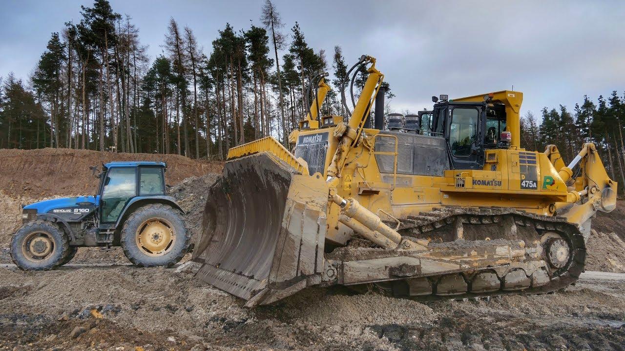 Europe's Largest Dozer Pushing Silica Sand