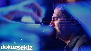 Bertuğ Cemil - Gözyaşı (feat. Selen) (Live)