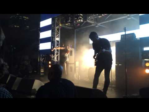 Sleigh Bells at SXSW 2014 | Red Bull Sound Select