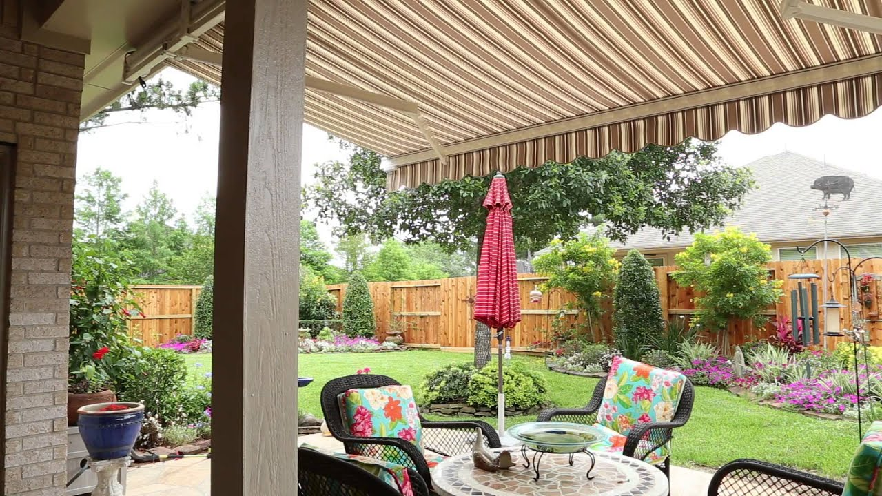 Rollac Awning On A Back Patio