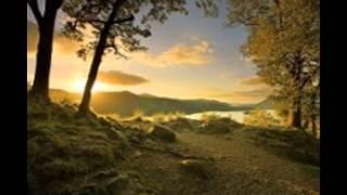 природа красива )))) Скачать в HD(Это видео создано в редакторе слайд-шоу YouTube: http://www.youtube.com/upload., 2015-08-17T21:20:34.000Z)