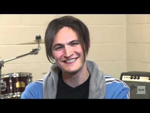 Interview with Josh Klinghoffer and Flea about Hall of Fame