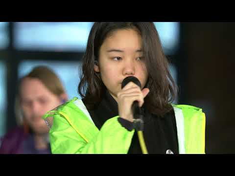Superorganism - Something For Your M.I.N.D. (Live on KEXP)
