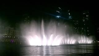 Танцующие фонтаны в Дубае, ОАЭ(Танцующие фонтаны в Дубае, танцующий фонтан в Дубае видео/ «Танцующий» Фонтан в Дубае — один из самых высок..., 2012-09-11T13:58:40.000Z)