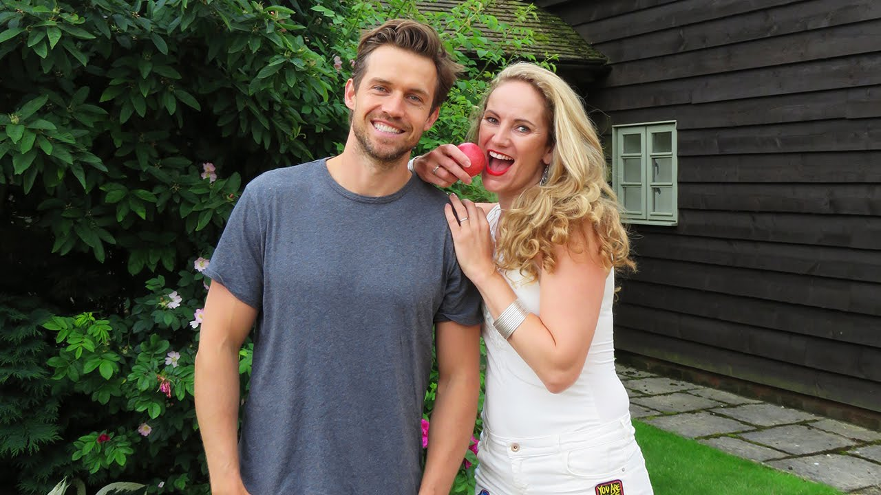 Interview Juiceman Andrew Cooper and (Miss Natural) Eva ...