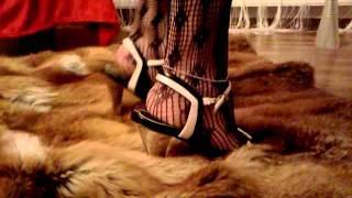 High Heel Crush Pelz2