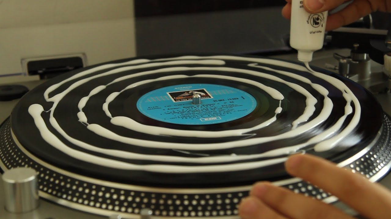 Deep Cleaning A Franck Pourcel Vinyl Record With Wood Glue