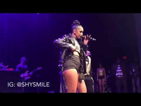 Mya Live -