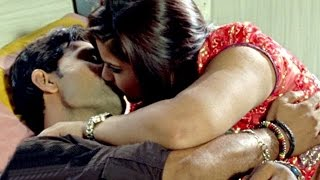 होठ से होठ सटाके चूसेदS - Hot Romance With BoyFriend - Uncut Scene - Bhojpuri Movie Hot Scene