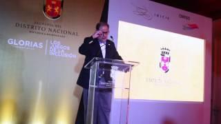 Felipe Vicini participa en inauguración exposición fotográfica Glorias en busca del oro