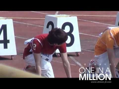 [FC][100914] SHINee JongHyun - 100m Race @ Idol Sports Competition