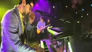 MGMT - Flash Delirium (NYC Live On Letterman May 11th 2010)