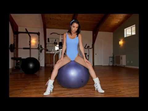 Dillion Harper workout