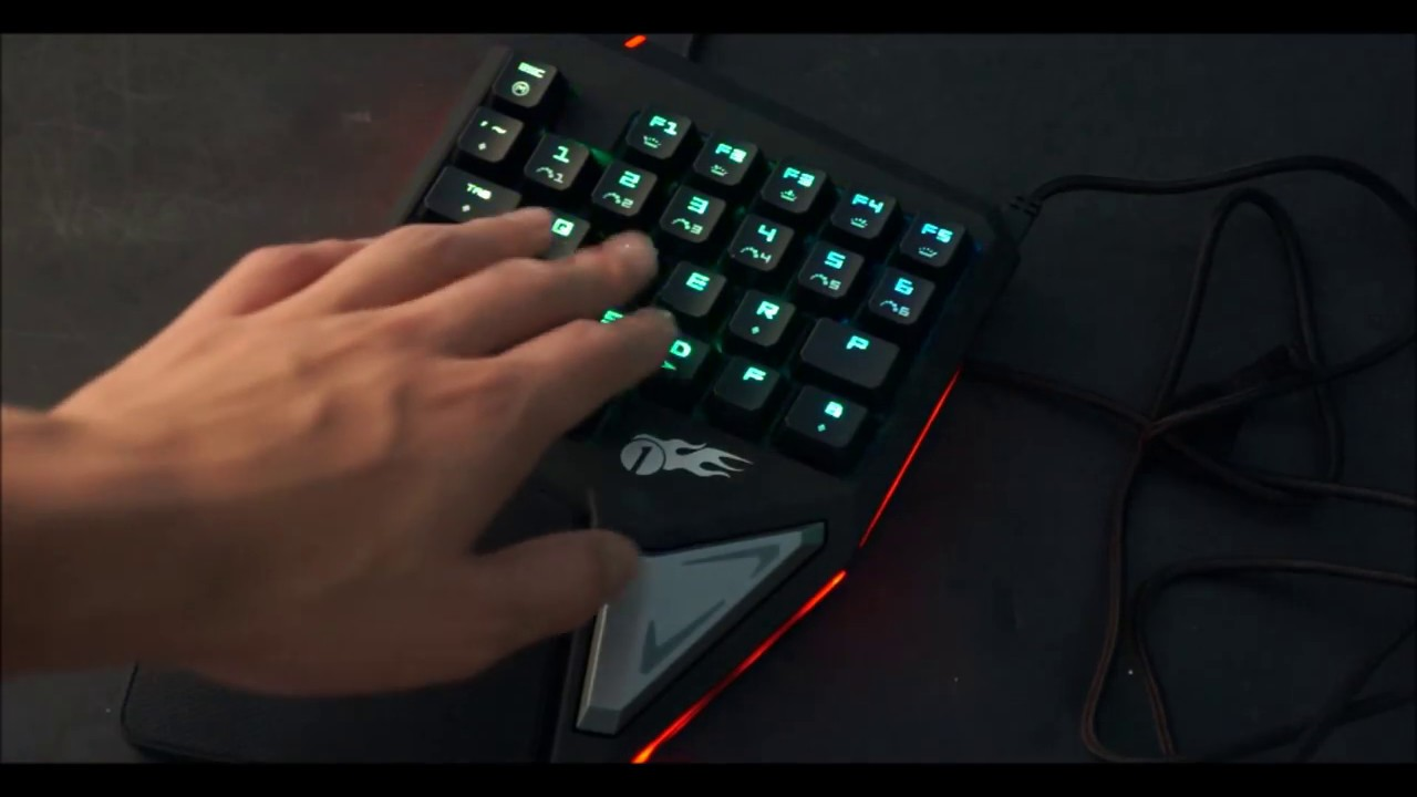 Keyboard For Real Gamers?! ONLY $20 (1byone Single-Hand Gaming Keyboard Review))