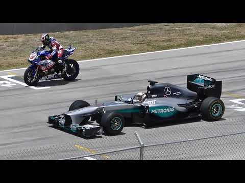 Car And Motor Race/LEWIS HAMILTON  F1 CAR Vs YAMAHA R1M SUPERBIKE!! 2019