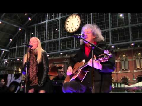 Kerry Ellis & Brian May - Knocking On Heavens Door
