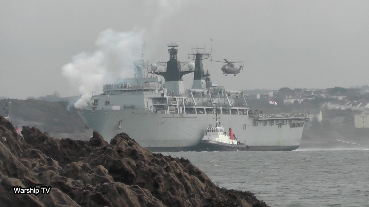 Hms Albion L14 Returns From A 10 Month Deployment And