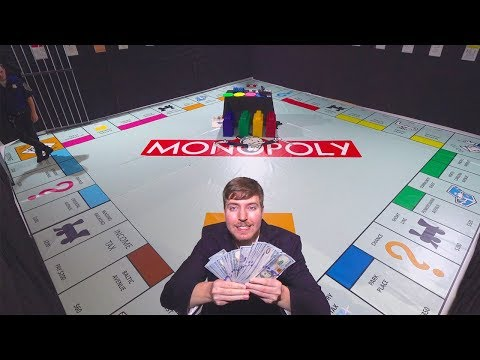 Смотреть Giant Monopoly Game With Real Money онлайн